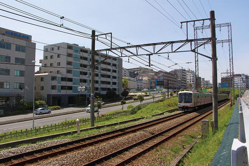 https://smtrc.jp/town-archives/city/tamadenentoshi/images/original/03-03-02.jpg